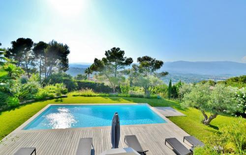 Luxus-Villa zu verkaufen MOUGINS, 297 m², 5 Schlafzimmer, 2100000€