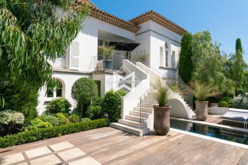 Luxus-Haus zu verkaufen SAINT TROPEZ, 400 m², 7 Schlafzimmer, 9900000€
