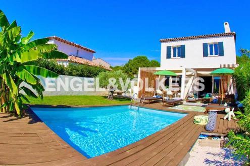Maison de luxe à vendre COGOLIN, 115 m², 4 Chambres, 695000€