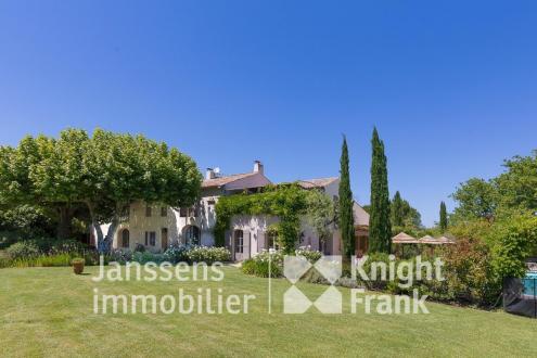 Luxus-Farm zu verkaufen SAINT REMY DE PROVENCE, 630 m², 12 Schlafzimmer, 2544000€