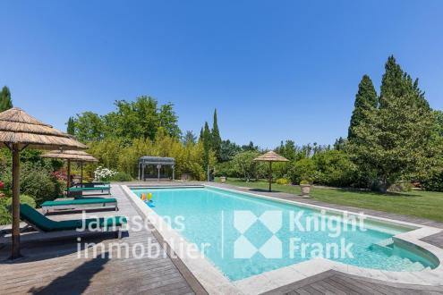 Luxus-Farm zu verkaufen SAINT REMY DE PROVENCE, 550 m², 10 Schlafzimmer, 2250000€