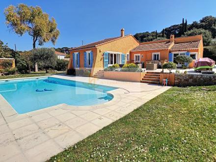 Villa de luxe à vendre CAP D'ANTIBES, 171 m², 5 Chambres, 1970000€