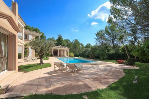 Maison de luxe à vendre SAINT RAPHAEL, 3650000€
