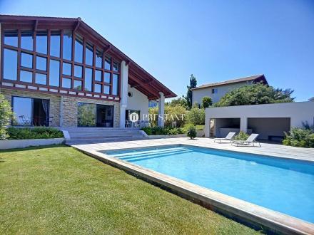 Maison de luxe à louer SAINT JEAN DE LUZ, 500 m², 6 Chambres,