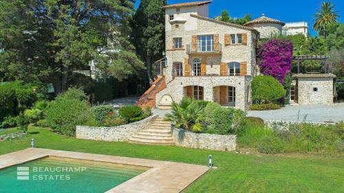 Luxury House for rent CAP D'ANTIBES, 380 m², 6 Bedrooms,