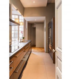 Квартира класса люкс на продажу  Лион, 203 м², 4 Спальни, 1320000€