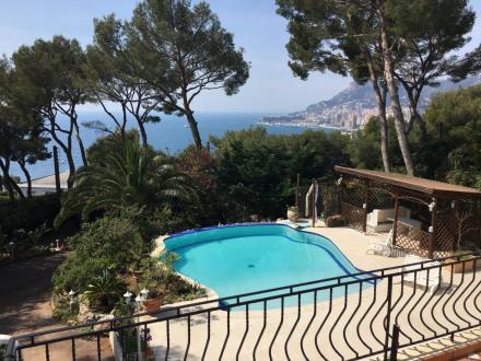 Villa de luxe à vendre ROQUEBRUNE CAP MARTIN, 300 m², 4 Chambres, 6500000€