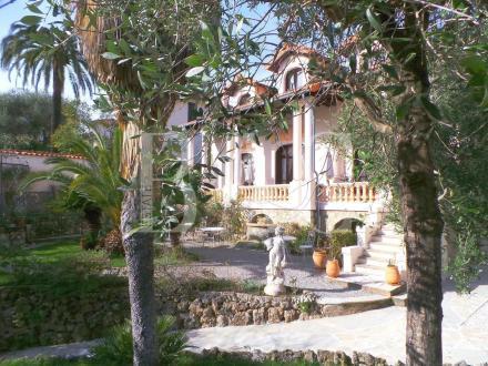 Villa de luxe à vendre CANNES, 280 m², 5 Chambres, 2050000€