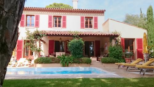 Villa de luxe à vendre GASSIN, 149 m², 4 Chambres, 1145000€