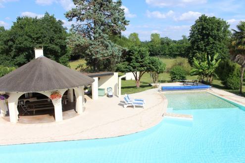 Propriété de luxe à vendre CONDOM, 600 m², 5 Chambres, 1600000€