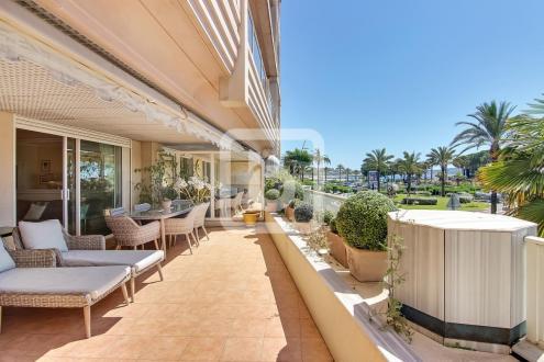 Appartement de luxe à vendre LE GOLFE JUAN, 77 m², 2 Chambres, 539500€