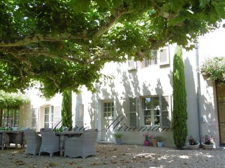 Luxury Property for sale L'ISLE SUR LA SORGUE, 350 m², 5 Bedrooms, € 2 600 000