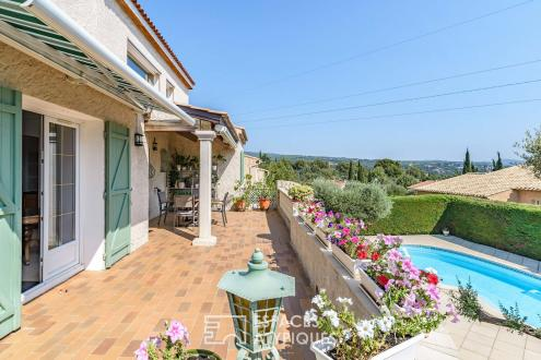 Casa di lusso in vendita LA CIOTAT, 240 m², 4 Camere, 990000€
