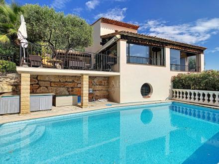 Villa de luxe à vendre MANDELIEU LA NAPOULE, 250 m², 3 Chambres, 1220000€