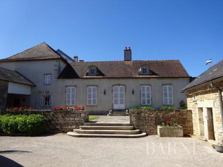 Дом класса люкс на продажу  Мон-Сен-Жан, 3 Спальни, 895000€