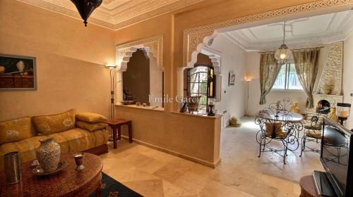 Maison de luxe à vendre ESSAOUIRA, 350 m², 4 Chambres, 270000€