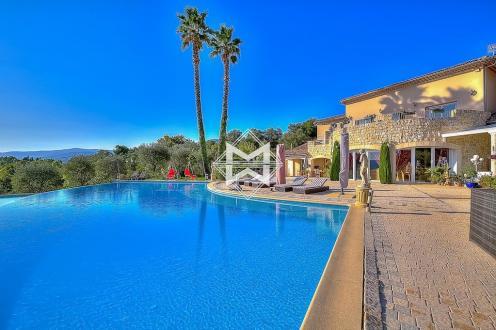 Maison de luxe à vendre MOUANS SARTOUX, 407 m², 6 Chambres, 2700000€