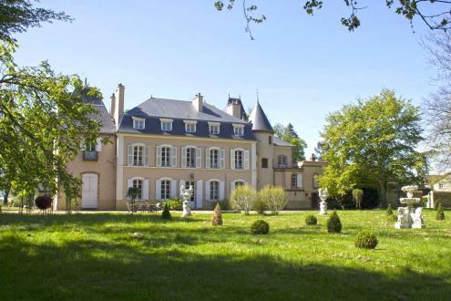 Château / Manoir de luxe à vendre MOULINS, 540 m², 12 Chambres, 990000€