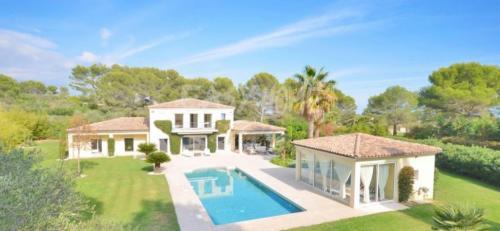 Luxury Villa for sale MOUANS SARTOUX, 250 m², 4 Bedrooms, €2090000