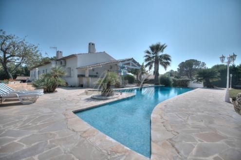 Luxus-Haus zu verkaufen SAINT RAPHAEL, 160 m², 4 Schlafzimmer, 995000€