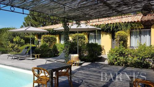Luxe Villa te koop CALVI, 212 m², 6 Slaapkamers, 1080000€