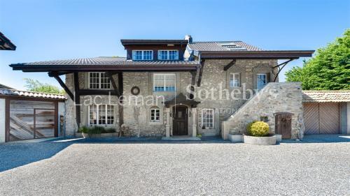 Luxus-Farm zu verkaufen VEIGY FONCENEX, 360 m², 6 Schlafzimmer, 1550000€