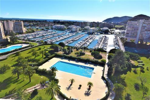 Luxus-Wohnung zu verkaufen MANDELIEU LA NAPOULE, 129 m², 3 Schlafzimmer, 1450000€