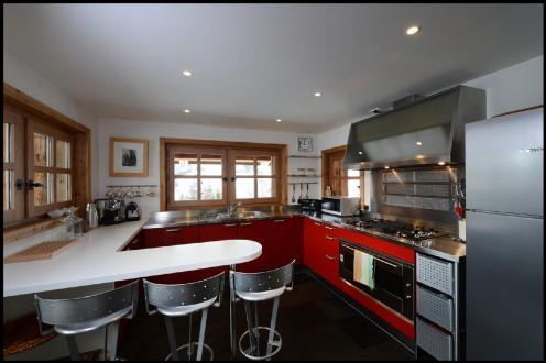 Luxury Chalet for rent MEGEVE, 230 m², 5 Bedrooms,
