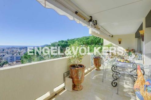 Luxus-Wohnung zu verkaufen LE CANNET, 99 m², 2 Schlafzimmer, 745000€