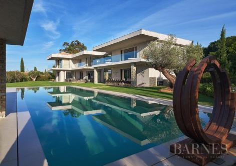Maison de luxe à louer SAINT TROPEZ, 600 m², 8 Chambres,