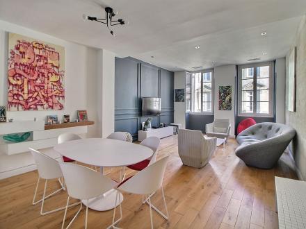 Квартира класса люкс на продажу  Бордо, 114 м², 2 Спальни, 925000€