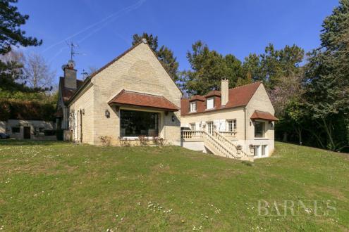 Maison de luxe à vendre SAINT NOM LA BRETECHE, 521 m², 5 Chambres, 2625000€