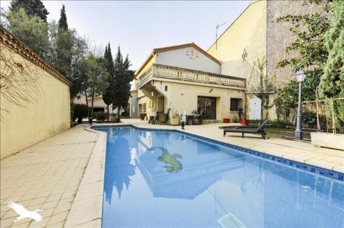 Maison de luxe à vendre MARSEILLAN, 307 m², 5 Chambres, 627000€