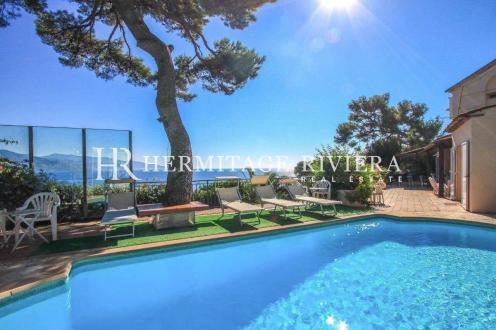 Maison de luxe à vendre ROQUEBRUNE CAP MARTIN, 240 m², 7 Chambres, 2850000€