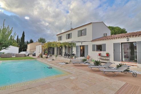 Luxus-Villa zu verkaufen MAUSSANE LES ALPILLES, 197 m², 4 Schlafzimmer, 1080000€