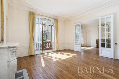 Appartement de luxe à vendre NEUILLY SUR SEINE, 124 m², 3 Chambres, 1520000€