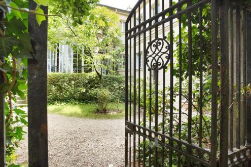 Maison de luxe à louer PARIS 16E, 75 m², 2 Chambres, 4500€/mois