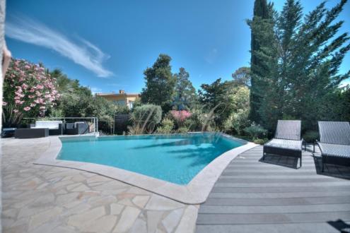 Luxus-Haus zu verkaufen SAINT RAPHAEL, 155 m², 4 Schlafzimmer, 870000€