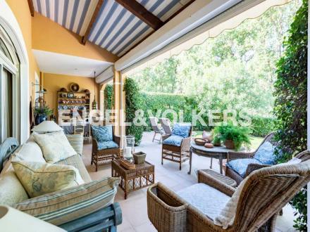 Casa di lusso in vendita MOUGINS, 75 m², 3 Camere, 550000€