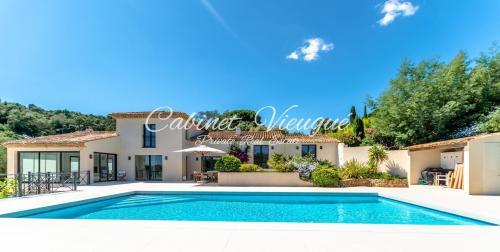 Villa de luxe à vendre GRIMAUD, 290 m², 5 Chambres, 3120000€