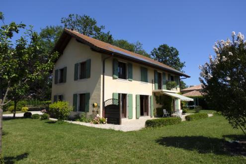 Luxus-Villa zu verkaufen VEIGY FONCENEX, 240 m², 6 Schlafzimmer, 1120000€