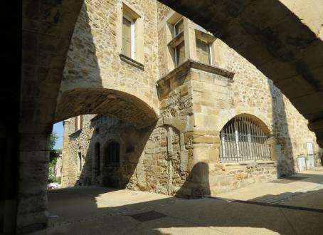 Luxury House for sale GRILLON, 250 m², 5 Bedrooms, €720000