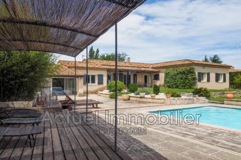 Casa di lusso in vendita SAINT REMY DE PROVENCE, 184 m², 4 Camere, 1299000€