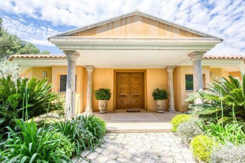 Casa di lusso in vendita MOUGINS, 535 m², 5 Camere, 6850000€