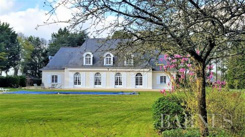 Luxury House for sale RENNES, 308 m², 5 Bedrooms, €1177000