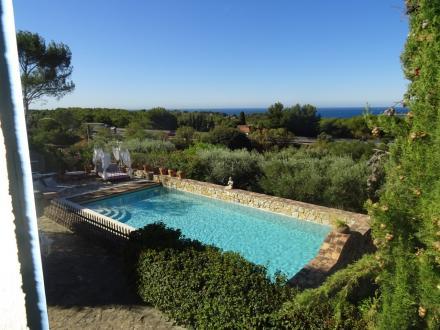 Villa de luxe à vendre SANARY SUR MER, 125 m², 4 Chambres, 890000€