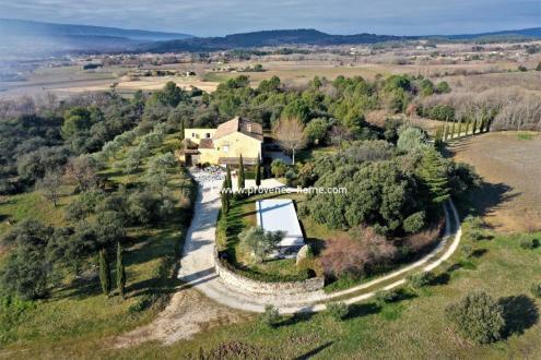 Proprietà di lusso in vendita BONNIEUX, 235 m², 5 Camere, 1595000€