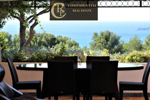 Luxury House for sale LA CIOTAT, 370 m², 6 Bedrooms, €1800000