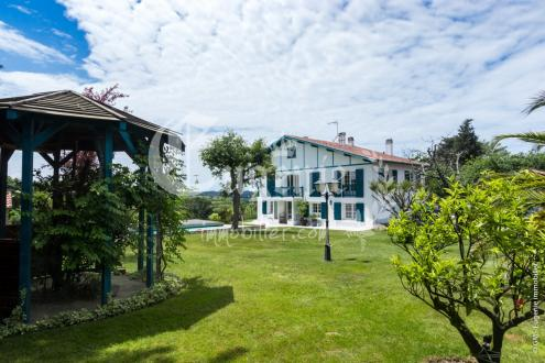 Luxus-Haus zu verkaufen ARBONNE, 235 m², 4 Schlafzimmer, 1155000€