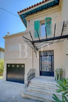 Villa de luxe à vendre CANNES, 289 m², 5 Chambres, 2070000€